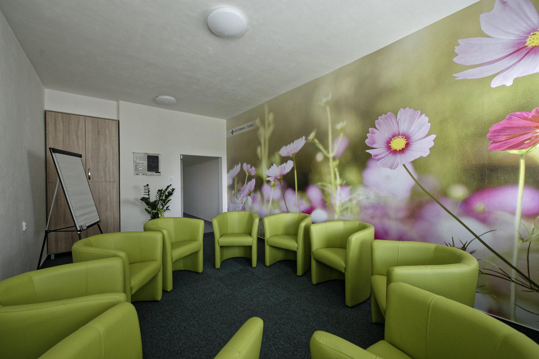 Trebišovská nemocnica zriadila pre pacientov komunitné miestnosti (18).jpg