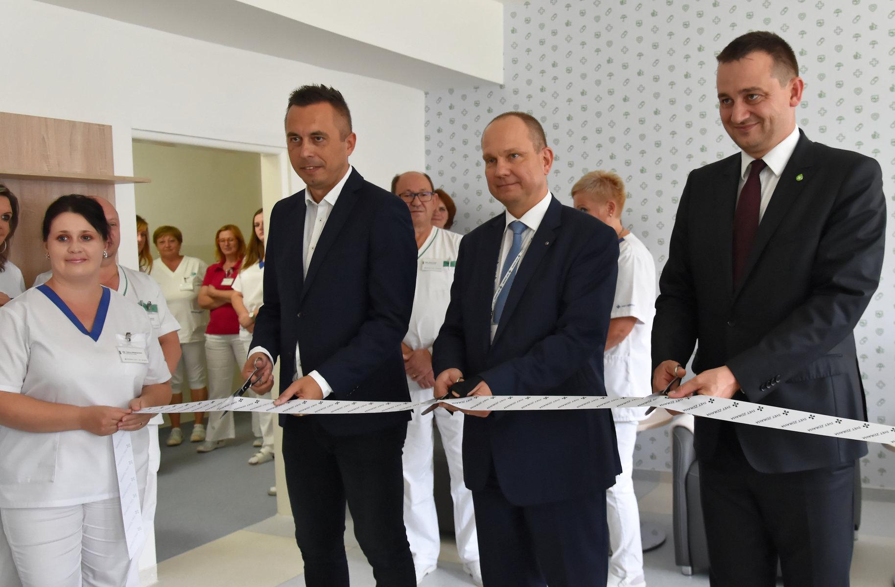 Trebišovská nemocnica zriadila pre pacientov komunitné miestnosti (23).jpg